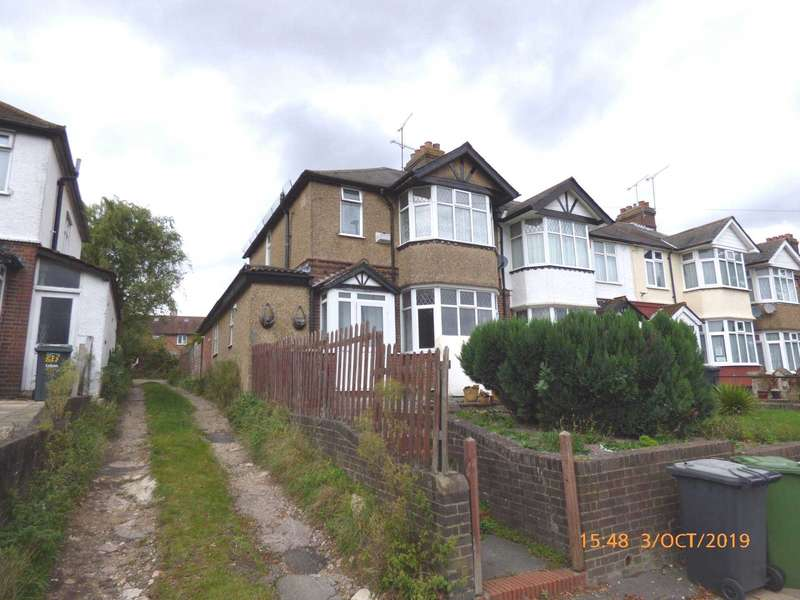 3 Bedrooms Semi Detached House for sale in Crawley Green Road, Town Centre