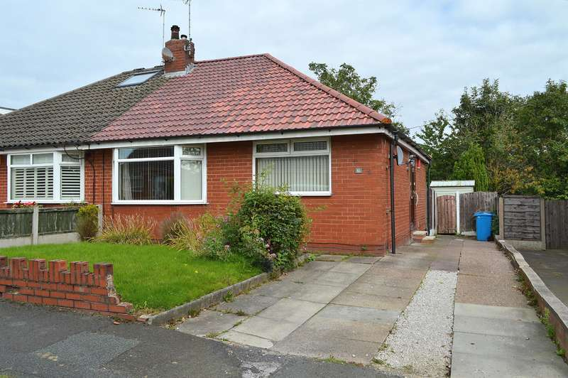 2 Bedrooms Bungalow for sale in North Gate, Garden Suburbs, Oldham, OL8 3AE