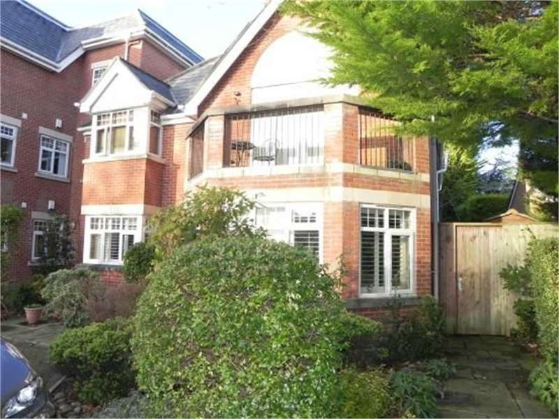 3 Bedrooms Flat for sale in Wicks Lane, Formby, LIVERPOOL, L37 3Jh