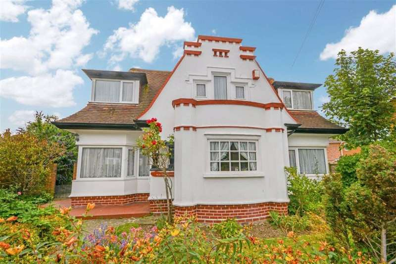 4 Bedrooms Detached House for sale in St. Peters Park Road, Broadstairs, CT10