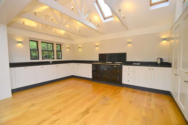6 Bedrooms Semi Detached House for rent in Lime Tree Road, Norwich
