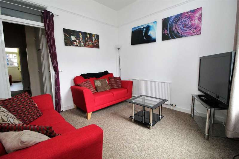 4 Bedrooms House for rent in Gascoyne Place, Plymouth
