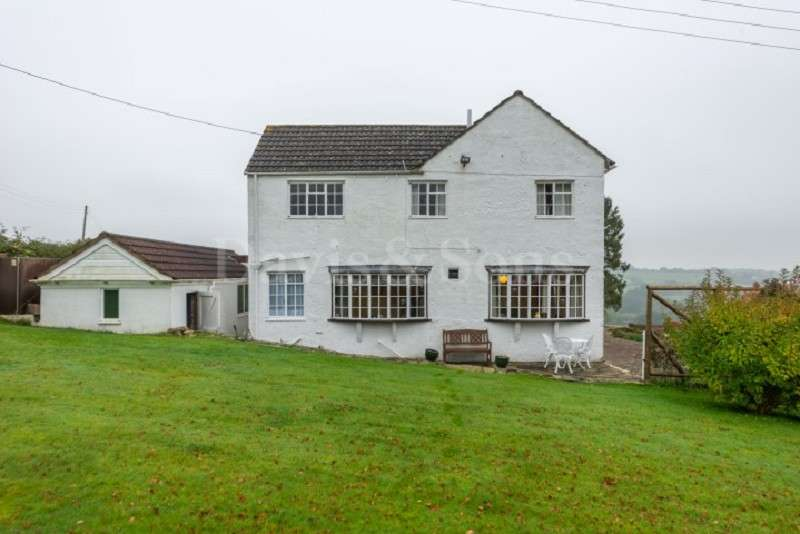 4 Bedrooms Detached House for sale in Caerlicyn Lane, Langstone, Newport, Gwent. NP18 2JZ
