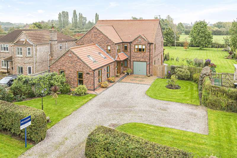 5 Bedrooms Detached House for sale in Cul De Sac, Stickford, Boston, Lincs, PE22 8EY