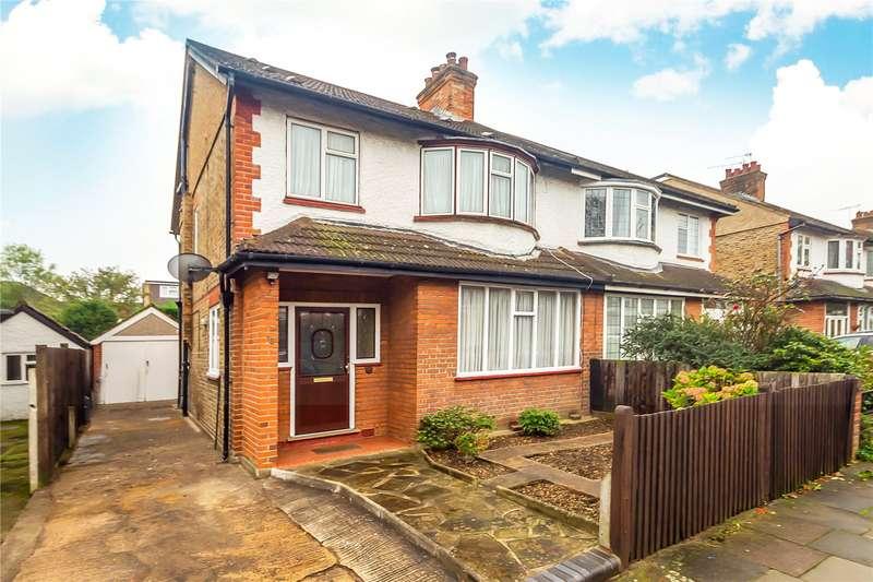 4 Bedrooms Semi Detached House for sale in Gunnersbury Crescent, Acton, W3
