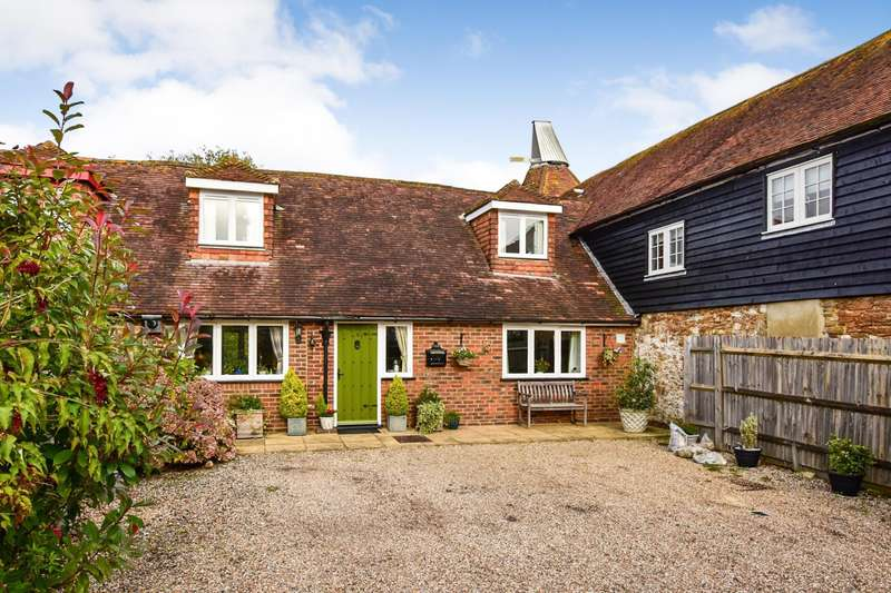 3 Bedrooms House for sale in Oast House Mews, Main Road, Icklesham, TN36