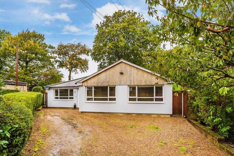 4 Bedrooms Detached Bungalow for sale in Johns Road, Tatsfield, TN16