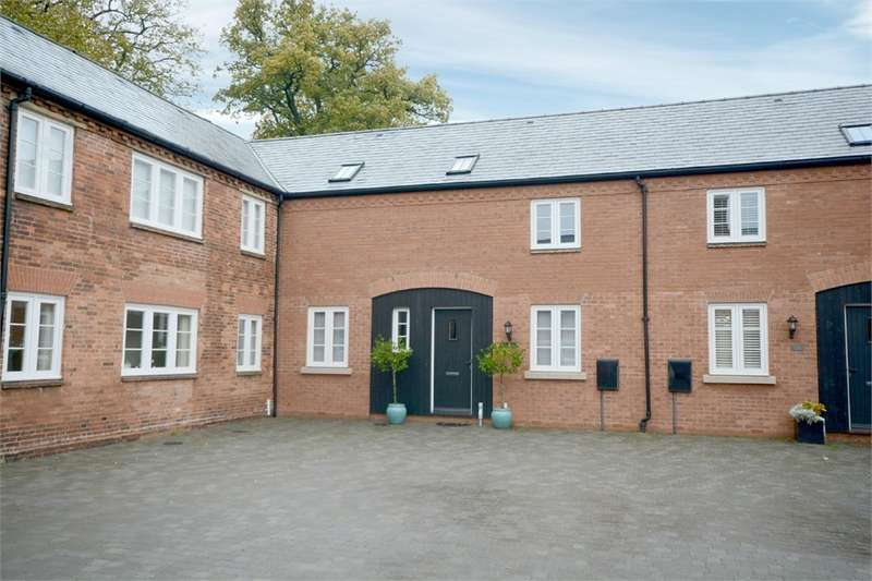 3 Bedrooms Mews House for sale in Stables Court, Coton House Estate, RUGBY, Warwickshire
