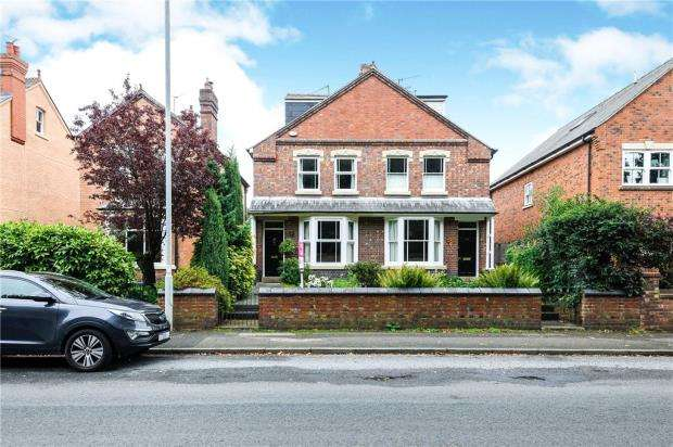 5 Bedrooms Semi Detached House for sale in Malvern Road, Worcester, Worcestershire