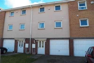 3 Bedrooms House for rent in Pentre Doc Y Gogledd, Llanelli, Carmarthenshire