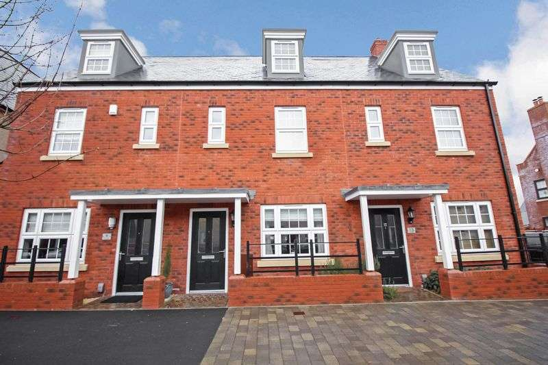 3 Bedrooms Terraced House for rent in Dart Avenue, Exeter