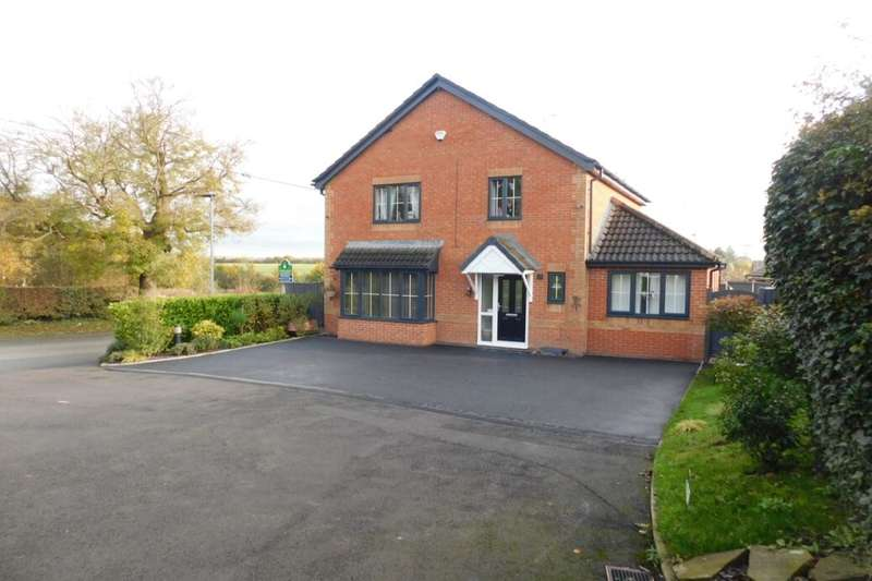 4 Bedrooms Detached House for sale in Maw Green Close, Crewe, CW1