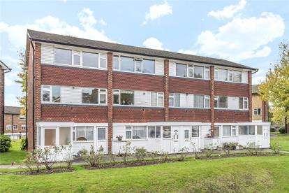 2 Bedrooms Maisonette Flat for sale in Boxley House, Abbey Park, Beckenham