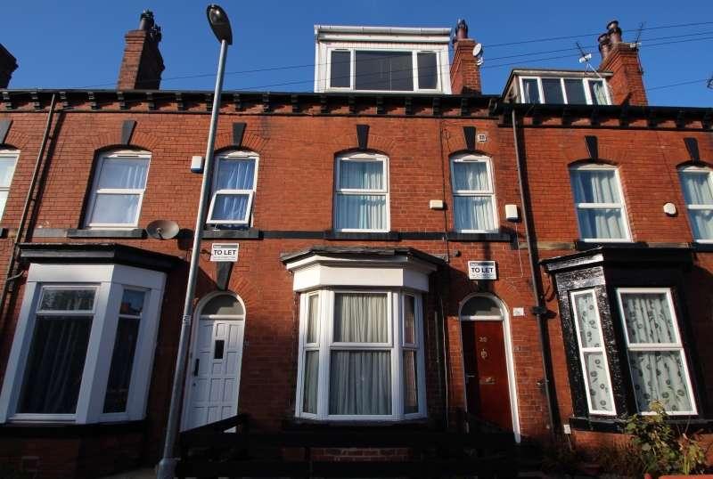 6 Bedrooms Terraced House for rent in Ashville Terrace, Hyde Park, Leeds