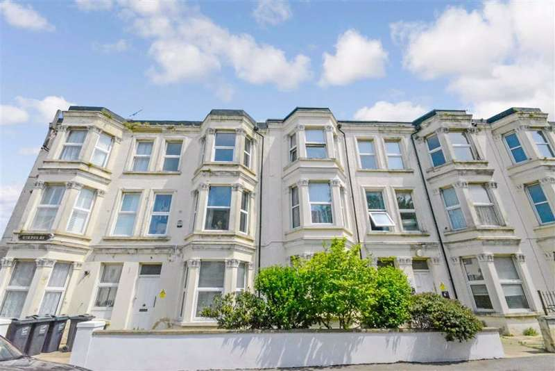 2 Bedrooms Flat for sale in Gordon Road, Margate, Kent
