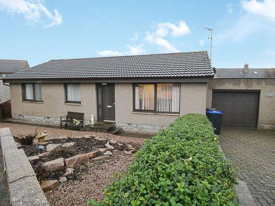 3 Bedrooms Detached House for sale in Bell Avenue, Peterhead, Aberdeenshire, AB42 2YS