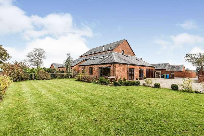 4 Bedrooms Semi Detached House for sale in Ripon Hall Farm, Catterall Lane, Preston, Lancashire, PR3