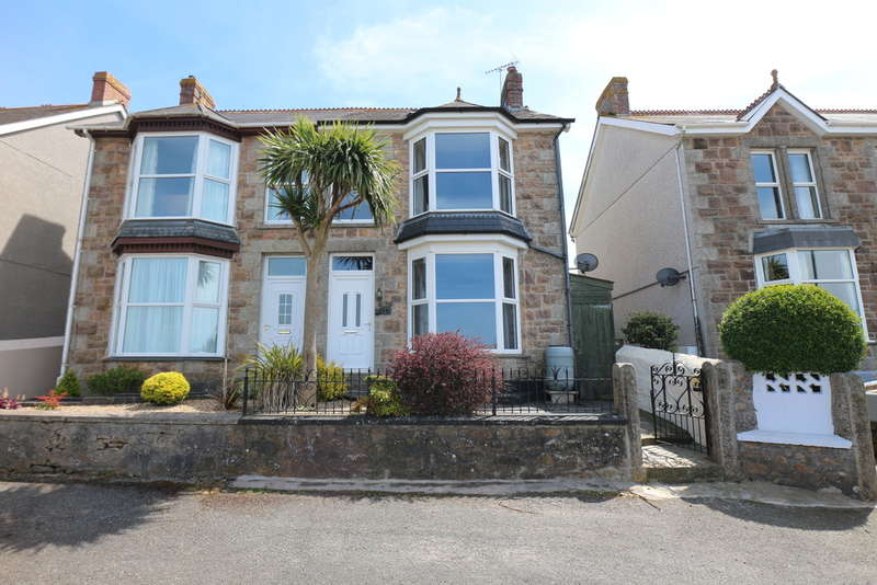 5 Bedrooms Semi Detached House for sale in Camborne