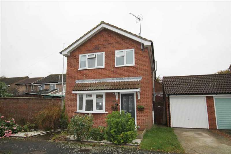 3 Bedrooms Detached House for sale in Meadow Close, Trimley St Martin