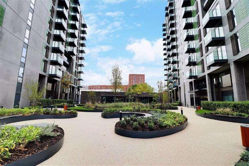 3 Bedrooms Property for sale in Garden Lane, Salford