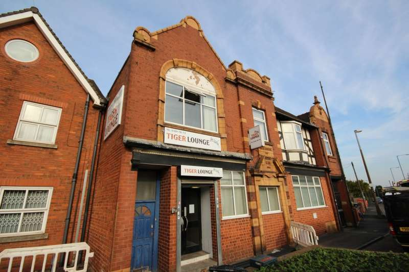Commercial Property for rent in Tiger Lounge High Street, Rowley Regis, B65