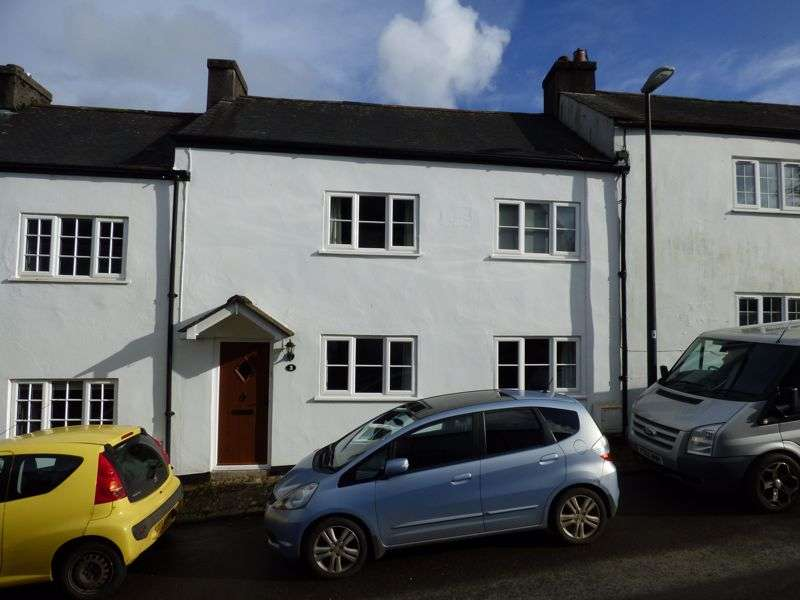 3 Bedrooms Property for sale in Yelverton, Devon