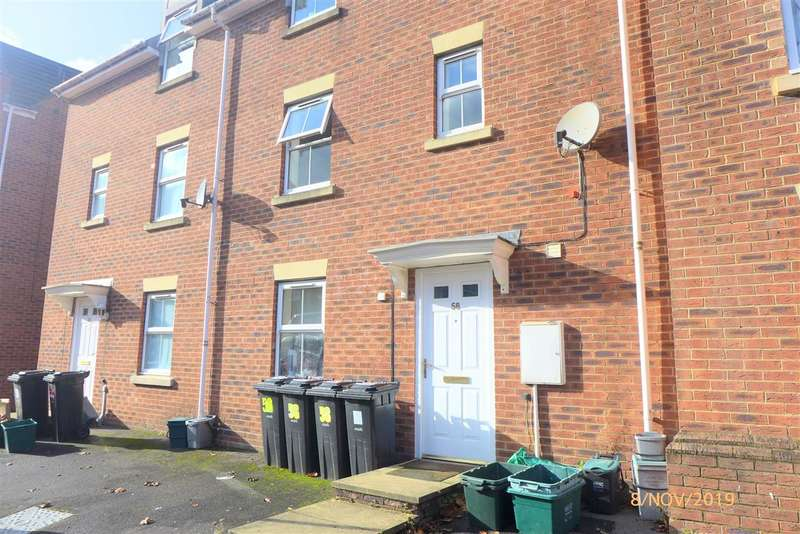 5 Bedrooms End Of Terrace House for rent in Wright Way, Stapleton, Bristol