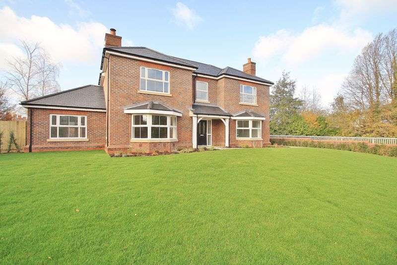 5 Bedrooms Property for sale in , Winterbrook Park,, Wallingford,