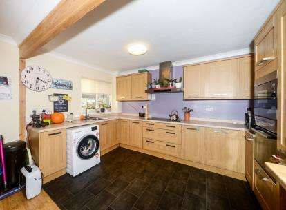 3 Bedrooms Terraced House for sale in South Brent, Devon