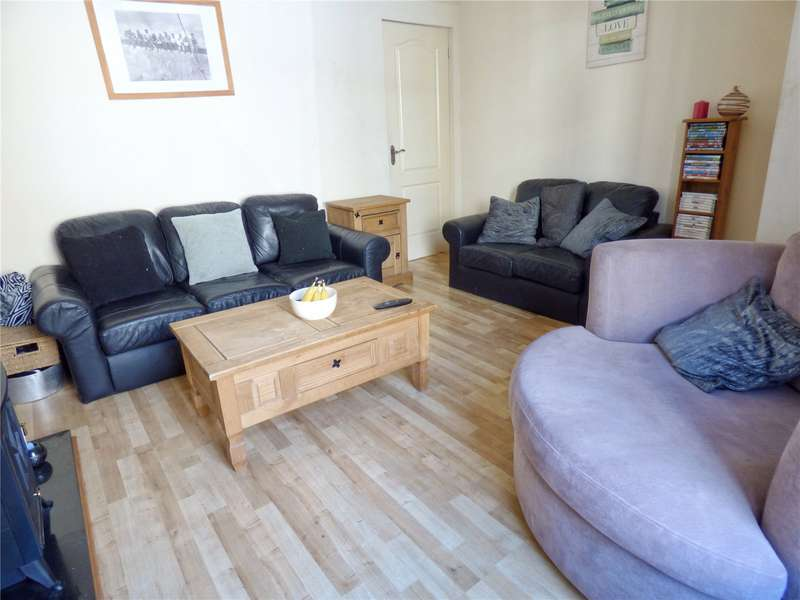 2 Bedrooms Terraced House for sale in Ashworth Street, Bacup, Lancashire, OL13