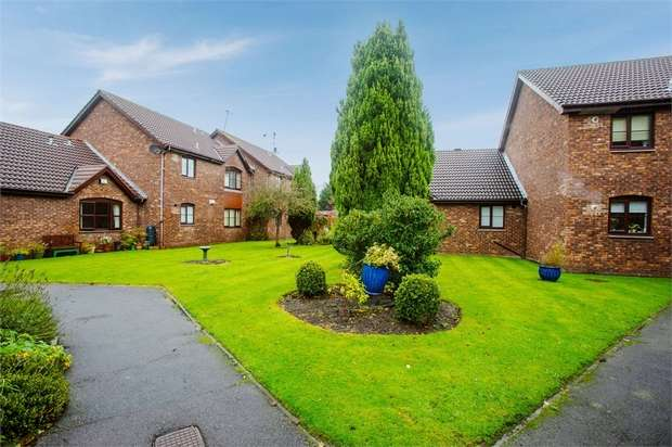 2 Bedrooms Flat for sale in Brimstage Road, Heswall, Wirral, Merseyside