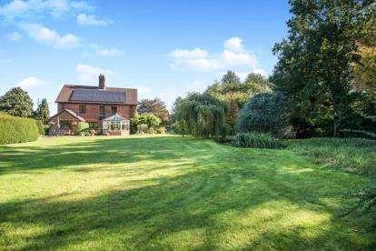 4 Bedrooms Detached House for sale in Weston Longville, Norwich, Norfolk
