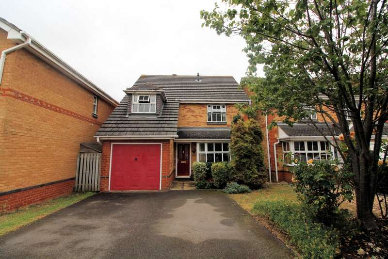 4 Bedrooms Detached House for sale in Leary Crescent, Newport Pagnell, Buckinghamshire