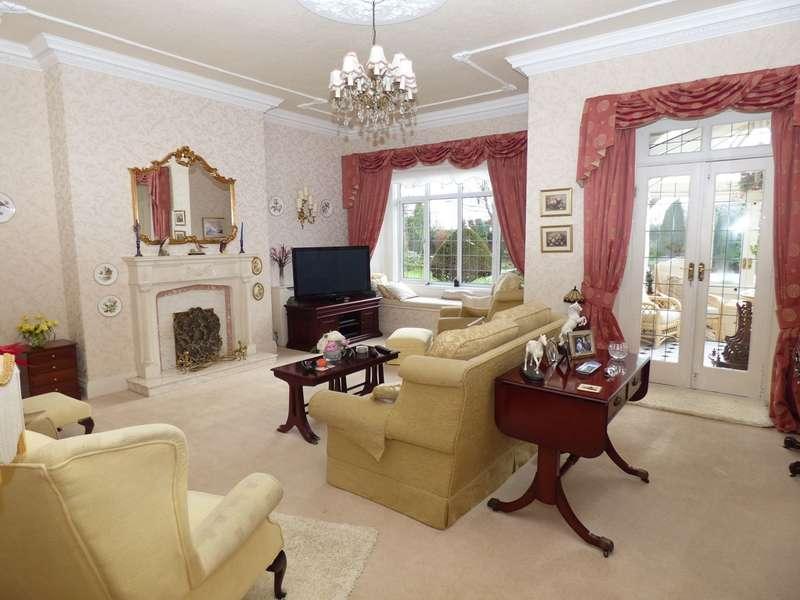 5 Bedrooms Detached House for sale in Borough Road, Jarrow, NE32