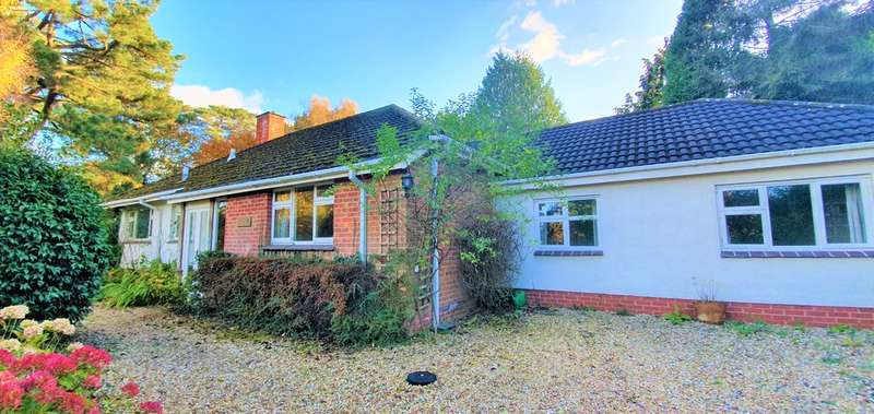 4 Bedrooms Detached Bungalow for sale in West Hill