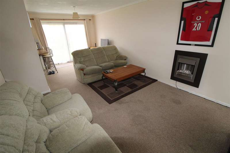 3 Bedrooms Detached House for sale in King Street, Dunstable
