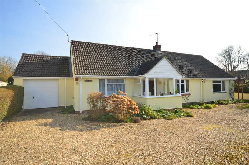 4 Bedrooms Detached Bungalow for sale in Picts Hill, Langport, Somerset, TA10
