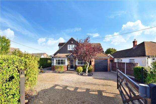 5 Bedrooms Detached House for sale in Petersfield Lane, Gosfield, Essex