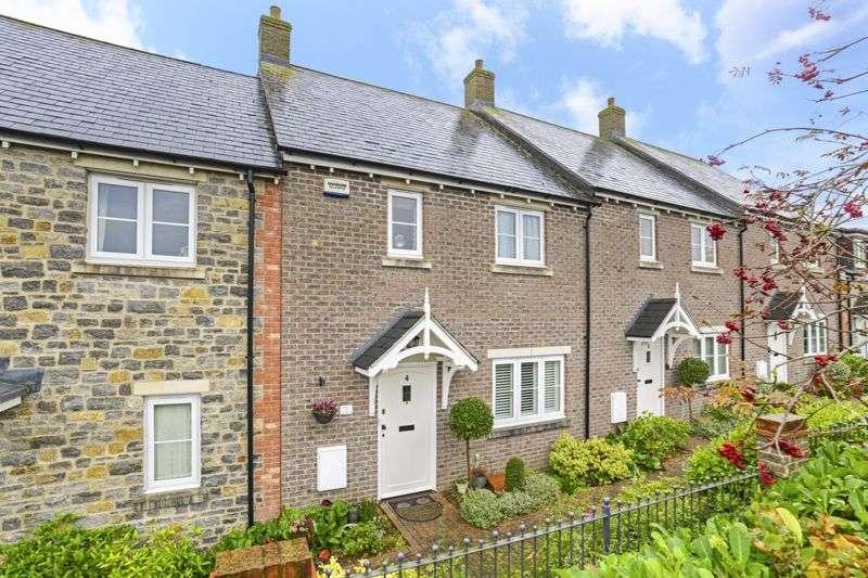 3 Bedrooms Property for sale in Stapleford Court Stalbridge, Sturminster Newton