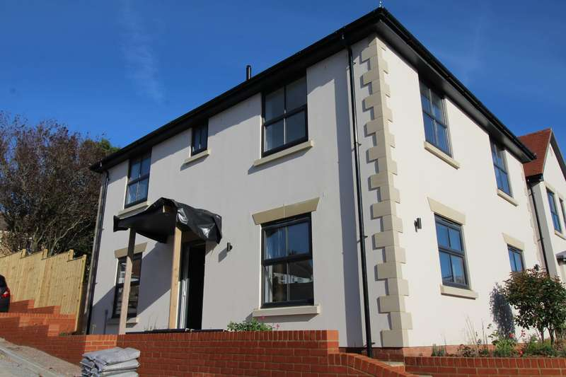 4 Bedrooms Detached House for sale in Burry Road, St. Leonards-On-Sea, East Sussex, TN37