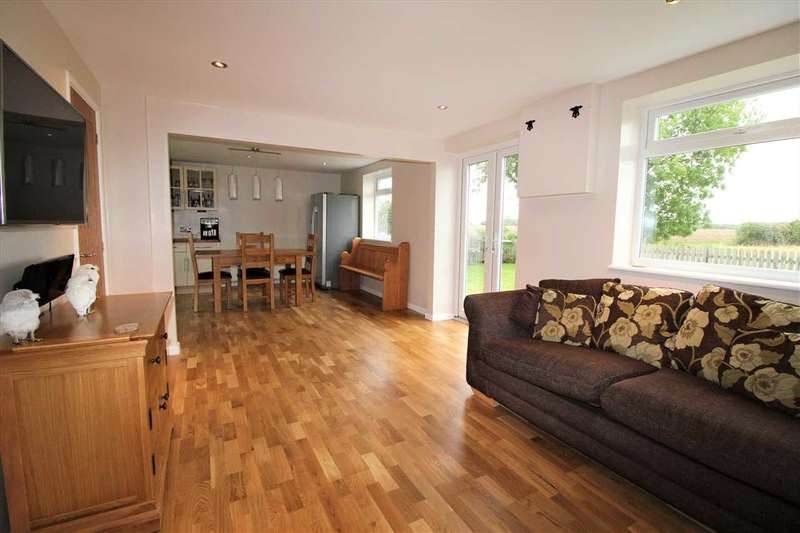4 Bedrooms Detached House for sale in Fridays, Lower Farm Road, Ringshall