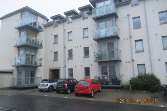 2 Bedrooms Flat for rent in Dalhousie Court, Carnoustie, Angus, DD7