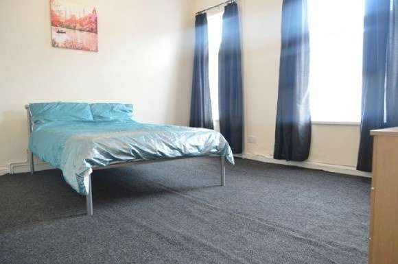 5 Bedrooms Property for rent in Ashfields New Road, Newcastle-Under-Lyme, Newcastle-Under-Lyme