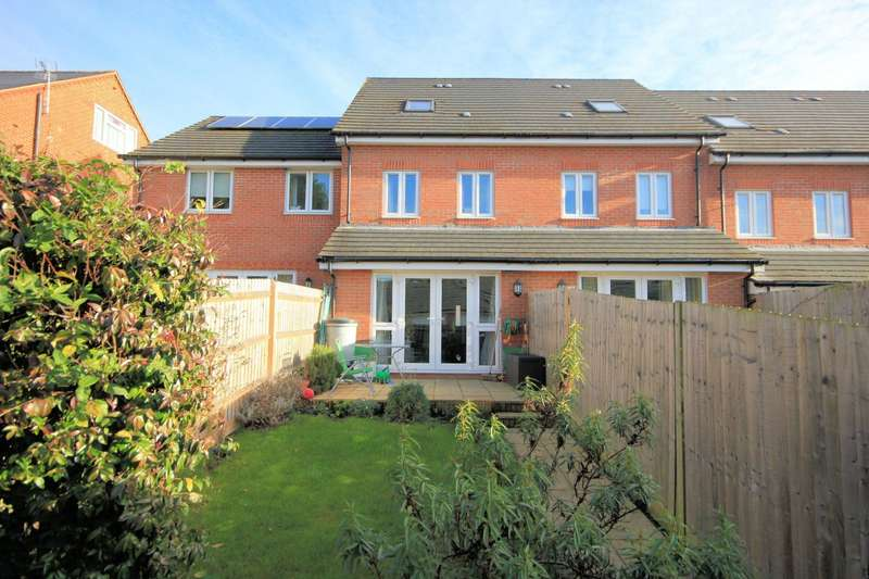 3 Bedrooms Town House for sale in Cintra View, Northumberland Avenue, Reading, RG2