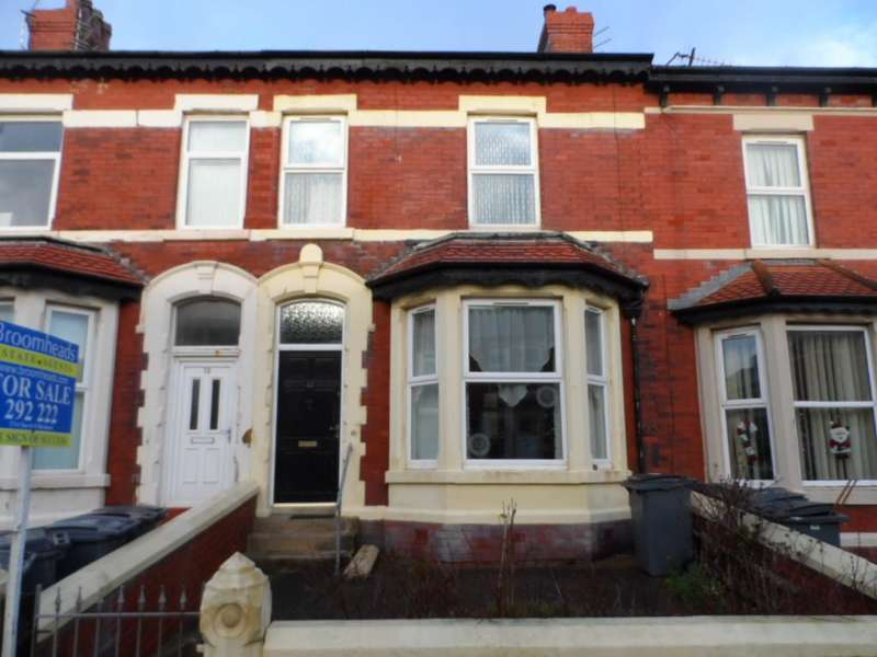 4 Bedrooms Terraced House for sale in Clevedon Road, Blackpool, FY1 2NY