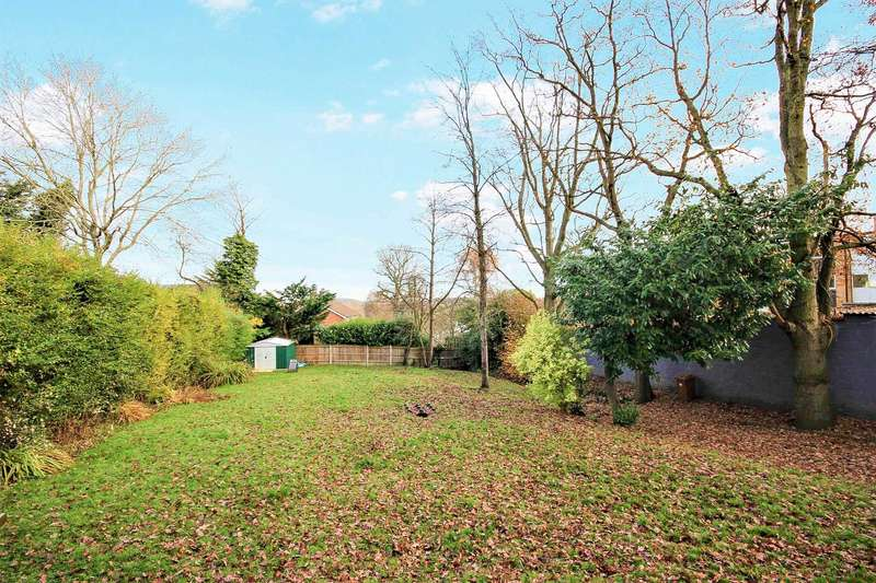 4 Bedrooms Detached Bungalow for sale in Terrace Road South, Binfield