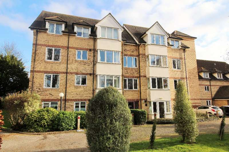 2 Bedrooms Apartment Flat for sale in Foster Court, Witham