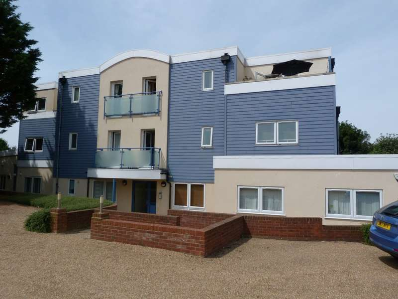 2 Bedrooms Apartment Flat for sale in Kingsgate Court 99, Kingsgate Avenue, Broadstairs, CT10