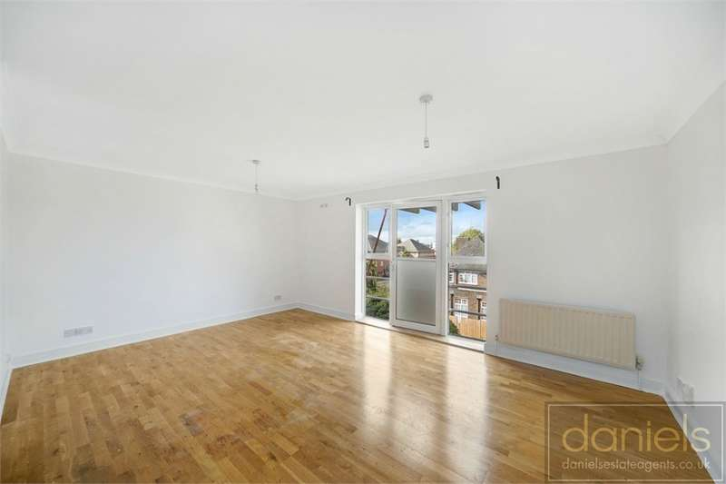 2 Bedrooms Flat for sale in Lucas Close, Willesden
