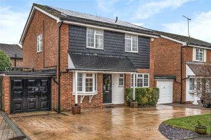 4 Bedrooms Detached House for sale in Glyndebourne Park, Locksbottom, Kent